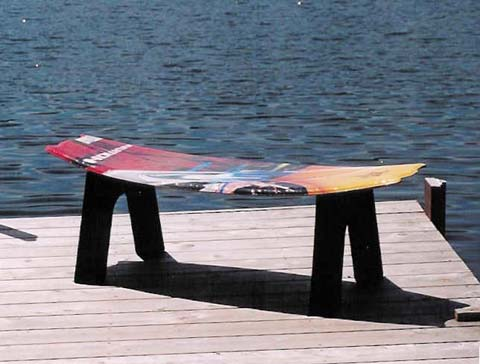Attrayant Snowboard Table/Seat