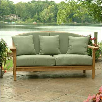 Victoria Deep Seating Settee